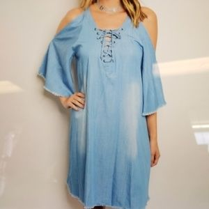 Dresses - Call shoulder denim dress